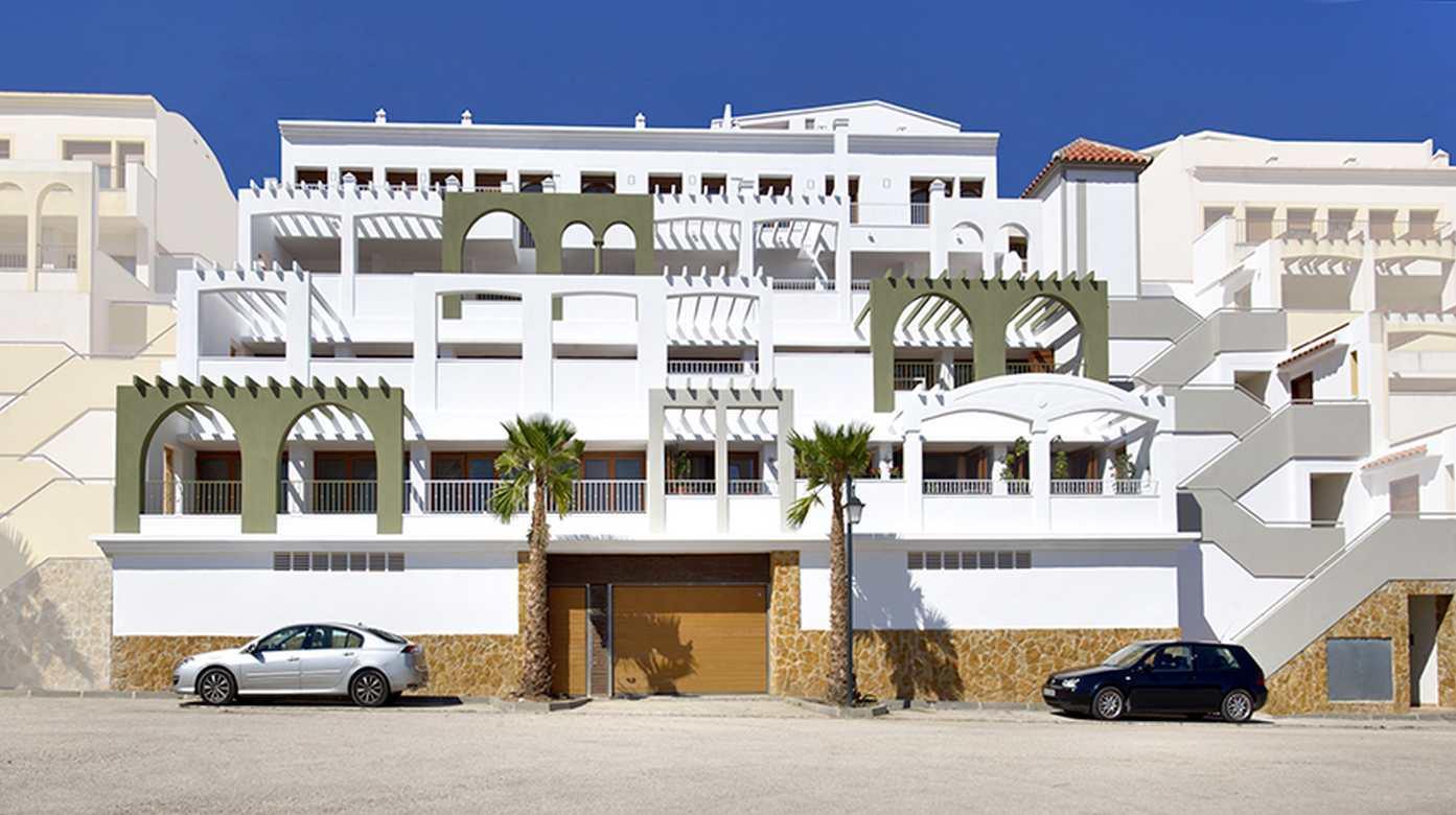 Apartment in Gated Community – La Mata